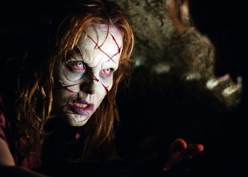 Cele mai bune filme horror - sfatulparintilor.ro - cinemagia.ro - exorcist-iv-the-beginning-346608l-1600x1200-n-d249c5fd